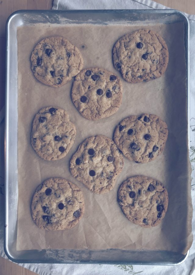 Ok, for real, these chocolate chip cookies are amazing. They are the nostalgic cookie that your kids will grow up with you making and then pass down to their kids. These cookies have that crunch on the edge but perfectly soft in the middle.. so good!